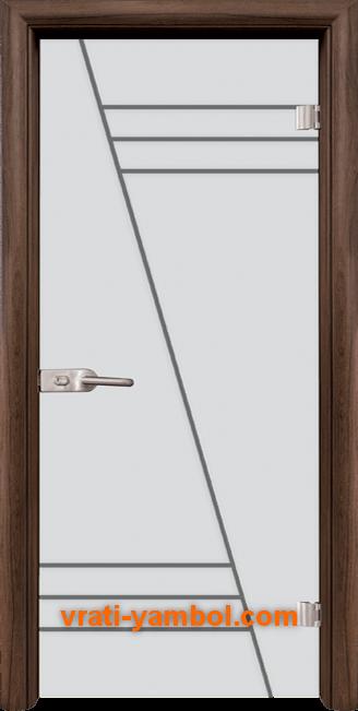 Стъклена интериорна врата модел Gravur G 13-4 с каса Орех