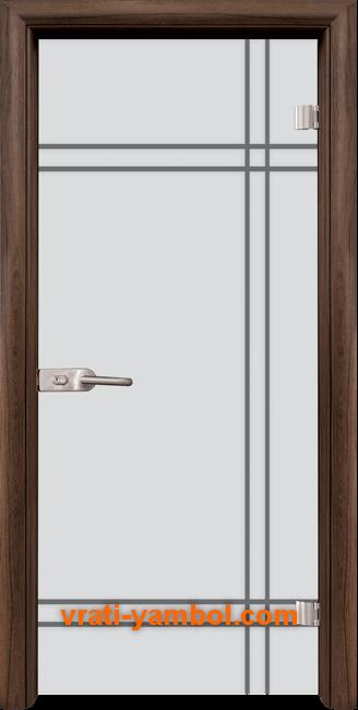 Стъклена интериорна врата модел Gravur G 13-8 с каса Орех